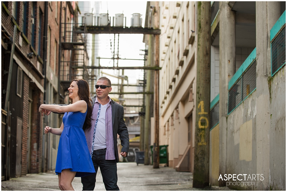 Gastown Vancouver engagement session 04