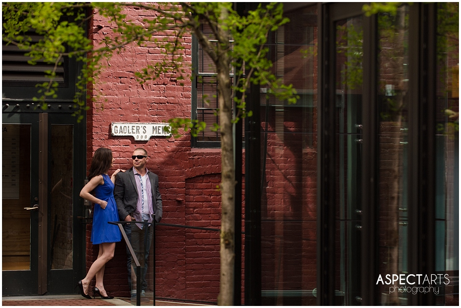 Gastown Vancouver engagement session 05