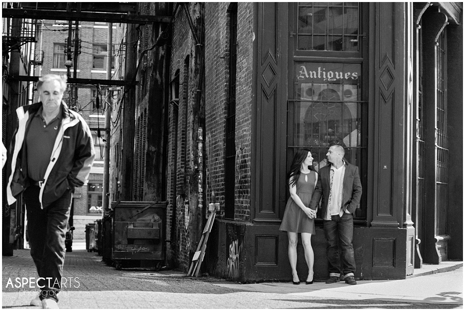 Gastown Vancouver engagement session 24