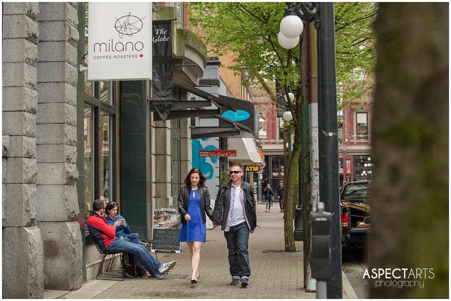 Gastown Vancouver engagement session 25