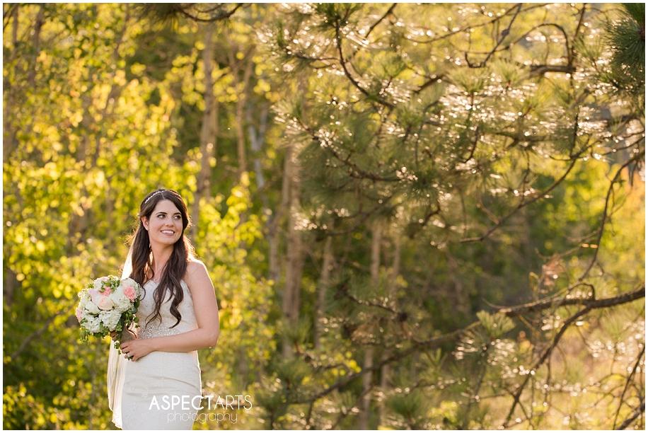 29 Talking Rock Shuswap bridal portraits wedding