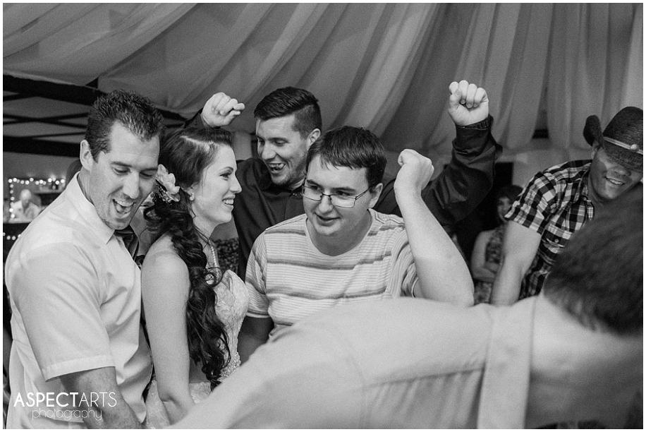 36  Kamloops wedding photograpehrs