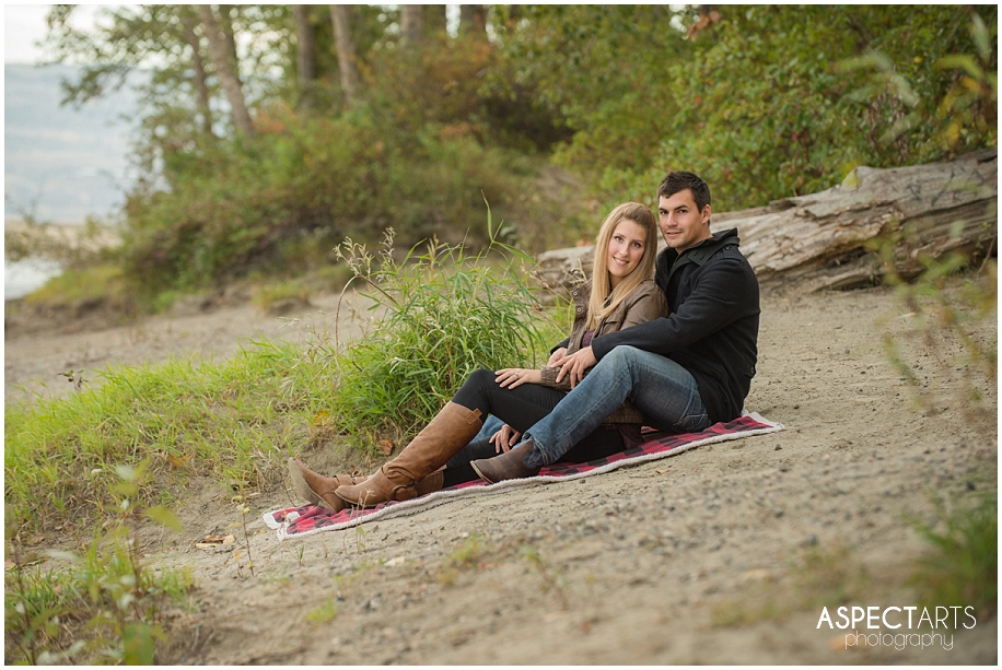 10 Kamloops engagement photographer casual pose with blanket