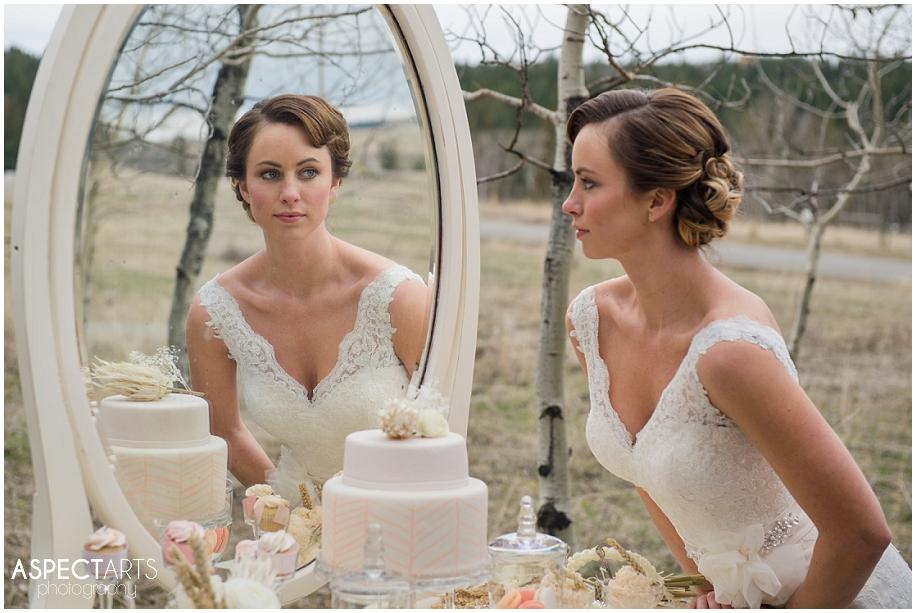 Vintage winter bridal shoot_0007