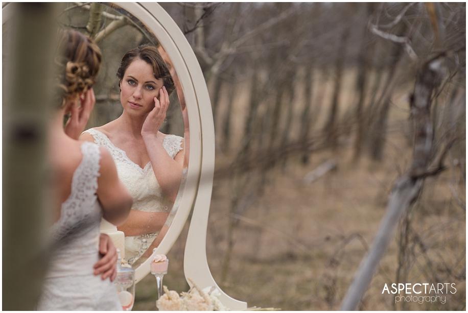 Vintage winter bridal shoot_0011