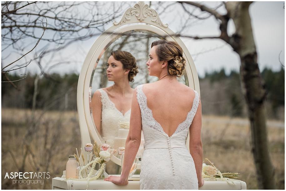 Vintage winter bridal shoot_0012