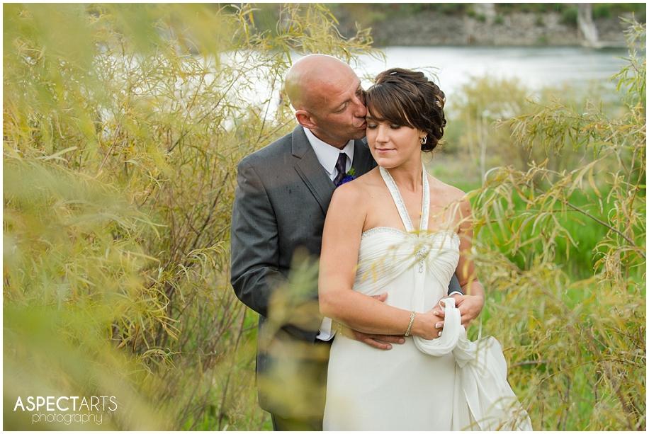 Kamloops British Columbia wedding photographer outdoor backyard waterfront