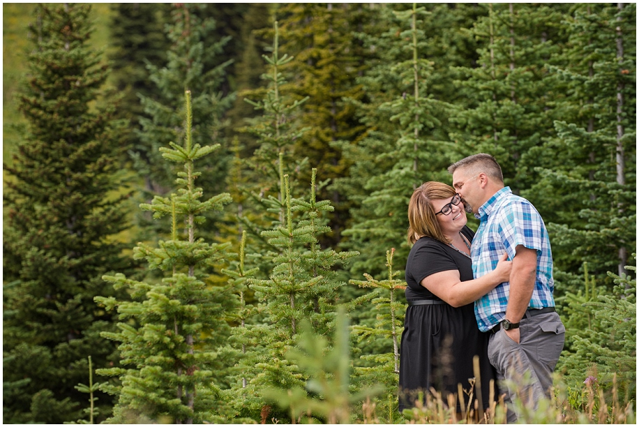 02 Sun Peaks photographer couple session