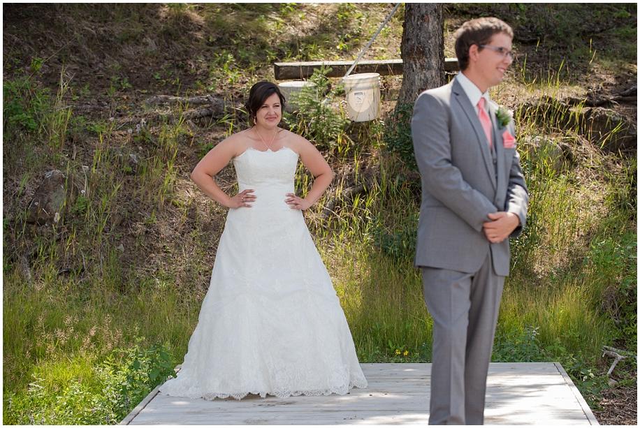 Outdoor lakeside wedding photographer 10