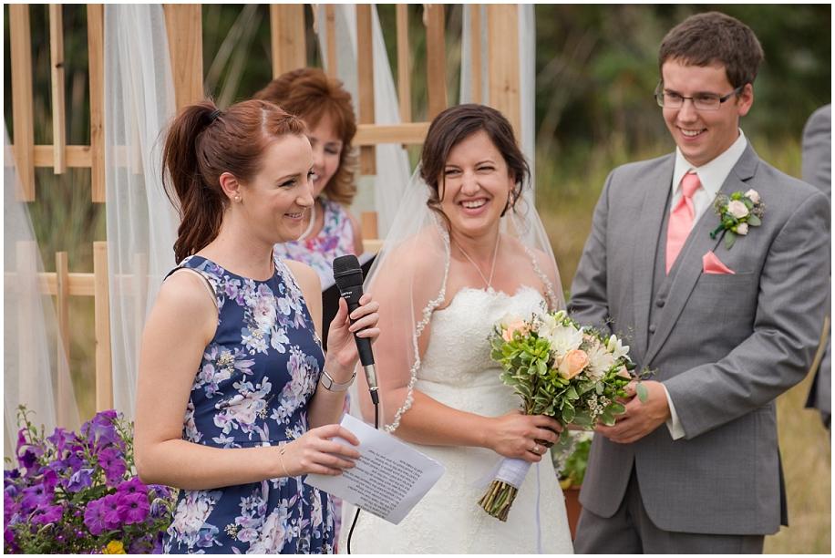 Outdoor lakeside wedding photographer 17