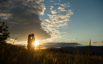 Sunset engagement session – Sheena and Bryan