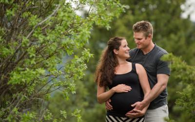 Niki + Geoff – Kamloops Maternity Photographer