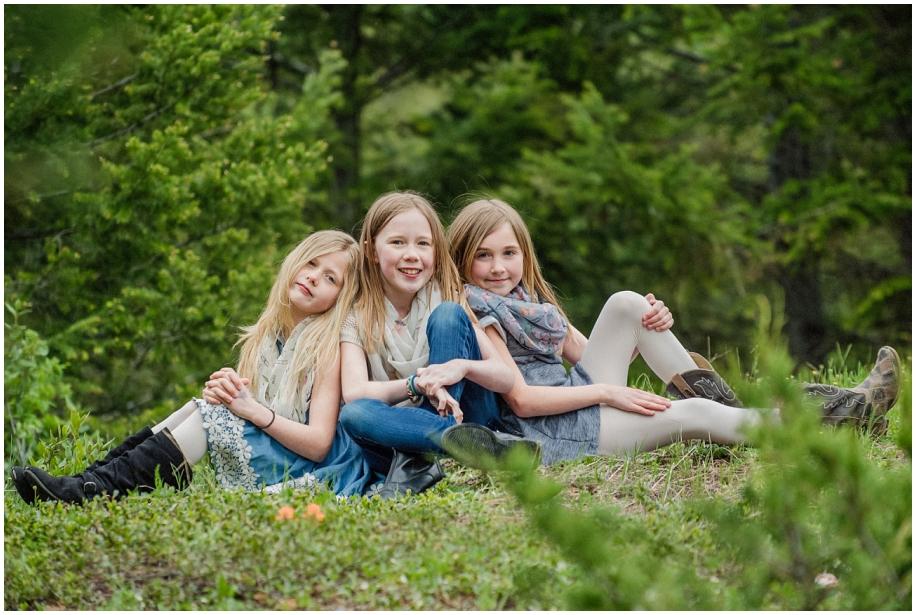Kamloops portrait family photographer Harper Mountain forest sister vogue photo
