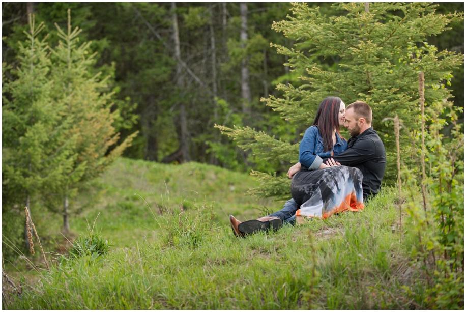 Kamloops wedding photographer Harper Mountain engagement session sitting pose