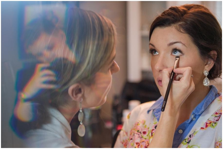 Kamloops documentary wedding photographer bride preparations makeup MUAH