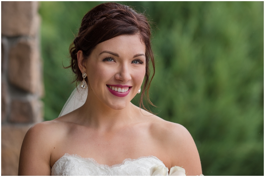 Kamloops Thompson Okanagan wedding photographer The Dunes bridal portraits rain bride