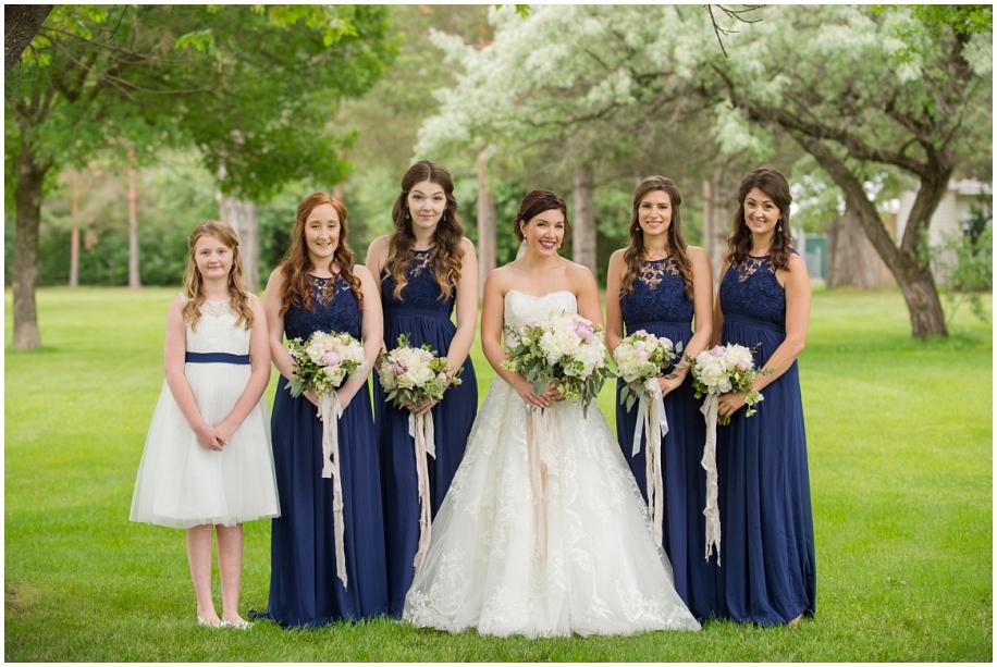 Kamloops wedding photography  bridal party portraits rain Thompson Okanagan photographer