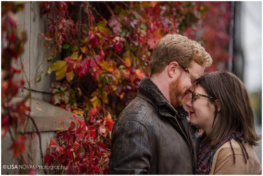 Vancouver autumn engagement session rain rainy day urban downtown red ivy