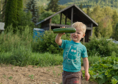 Okanagan family photographer documentary day in the life session 18