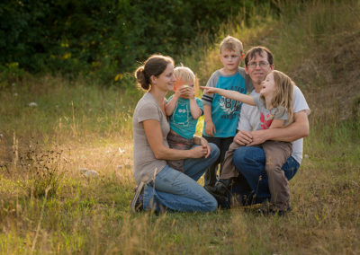 Okanagan family photographer documentary day in the life session 24