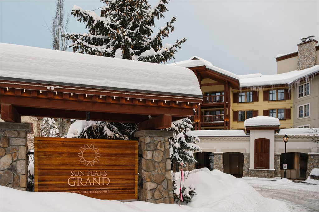 Destination winter wedding Sun Peaks Grand