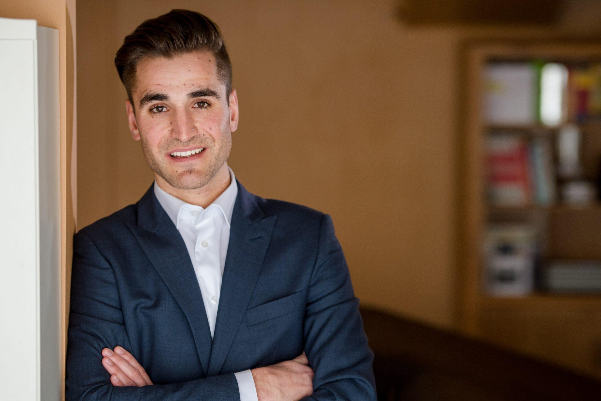 Kamloops headshot photographer for entrepreneurs and business man