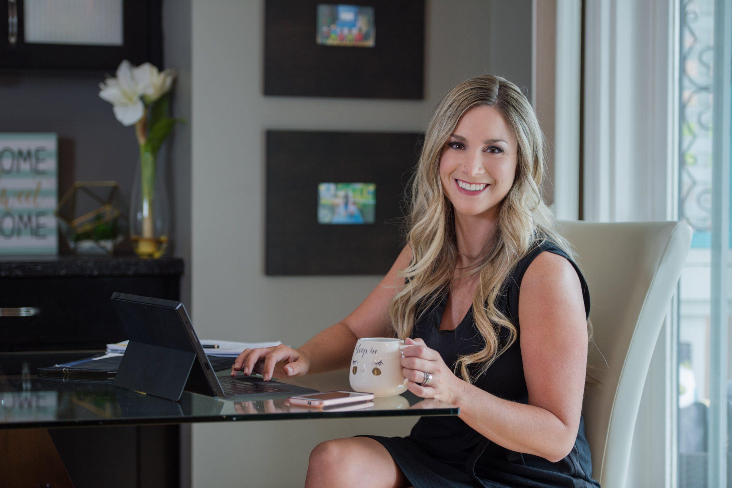 Kamloops headshot photographer for entrepreneurs and business women Realtor