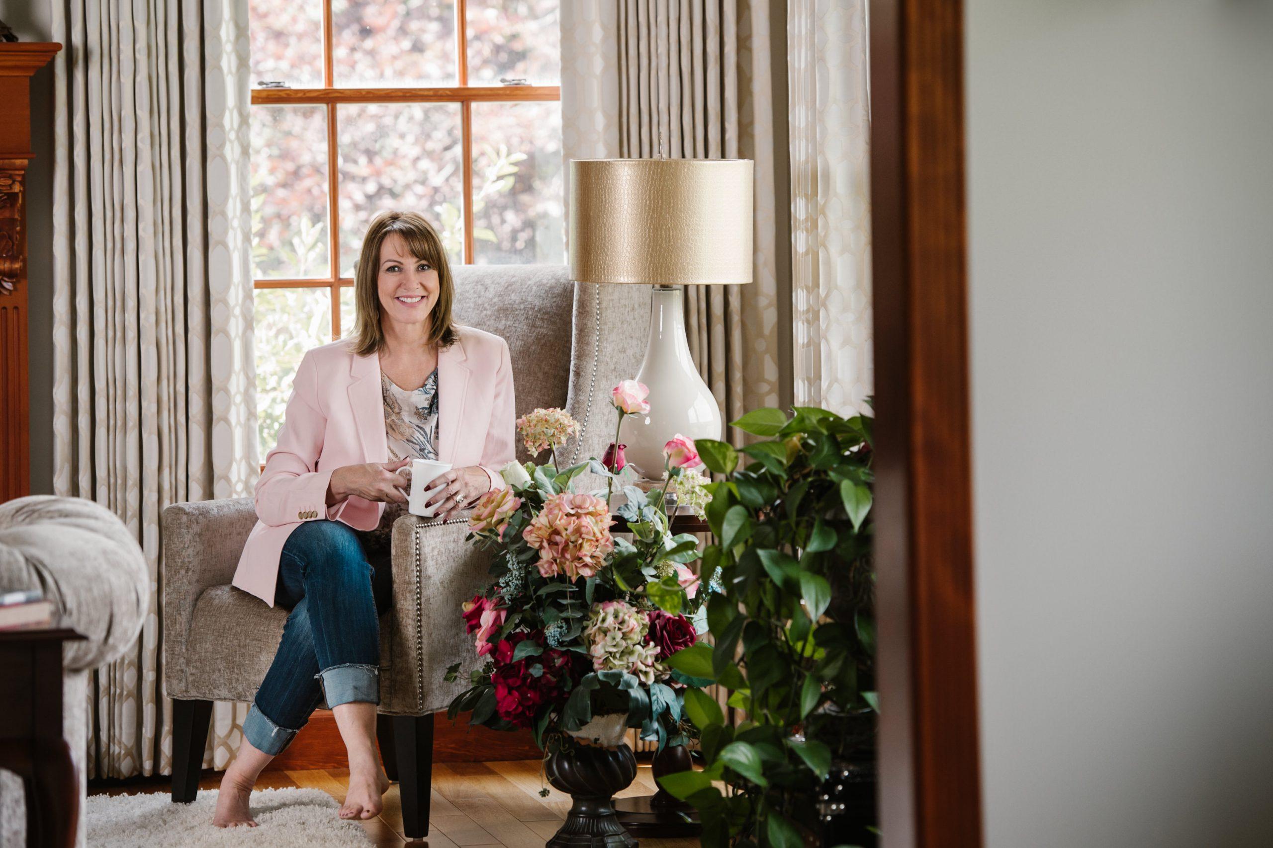 Merritt Nicola Valley headshot photographer for entrepreneurs and business women Realtor