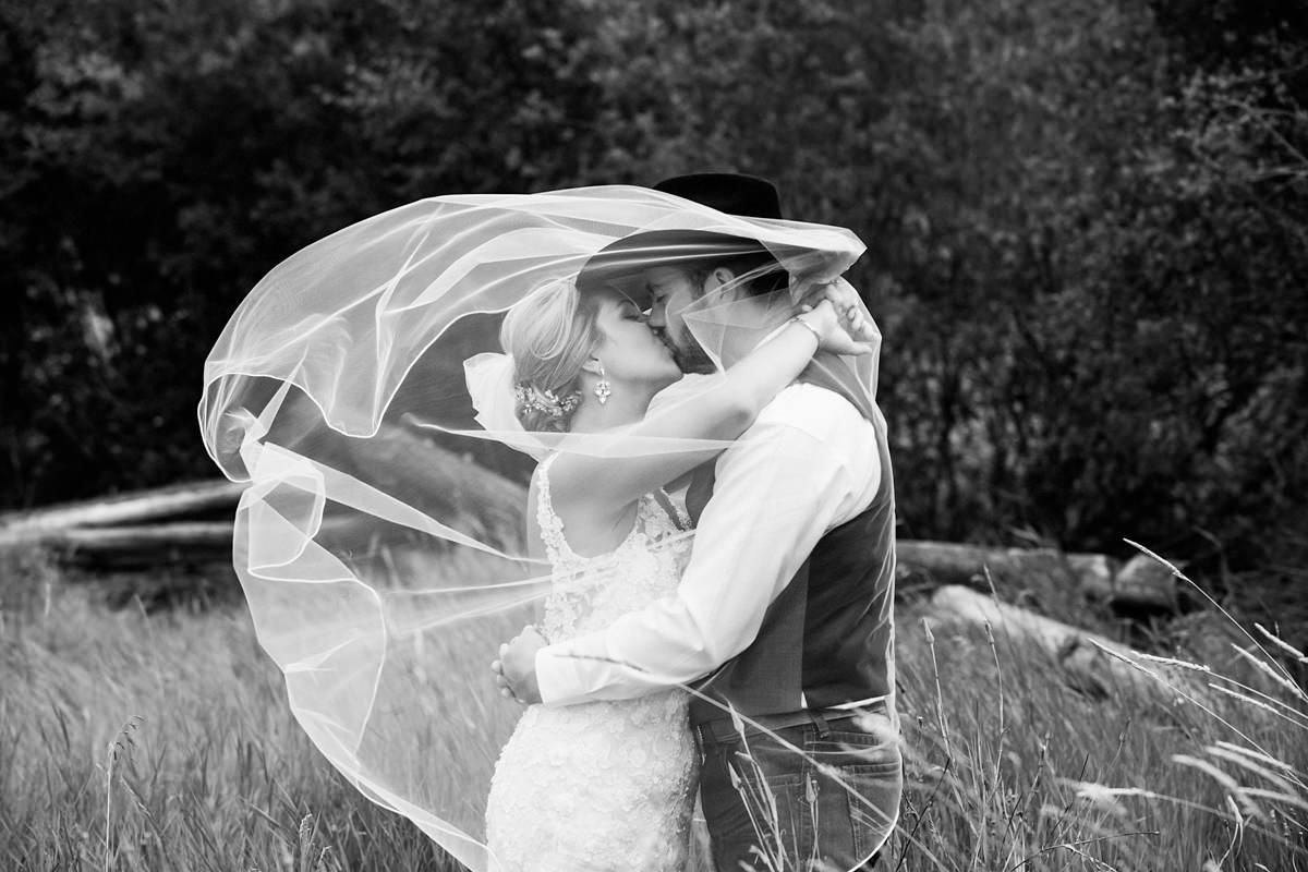 Clinton BC wedding photographer