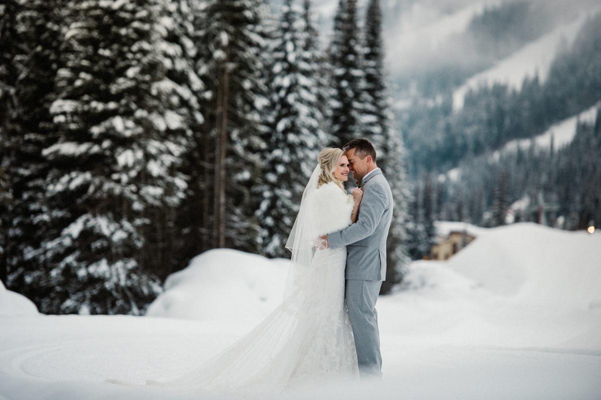 Sun Peaks Resort winter wedding destination