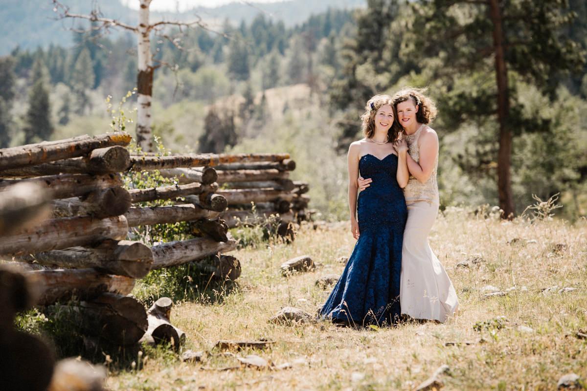 Kamloops same sex wedding photographer