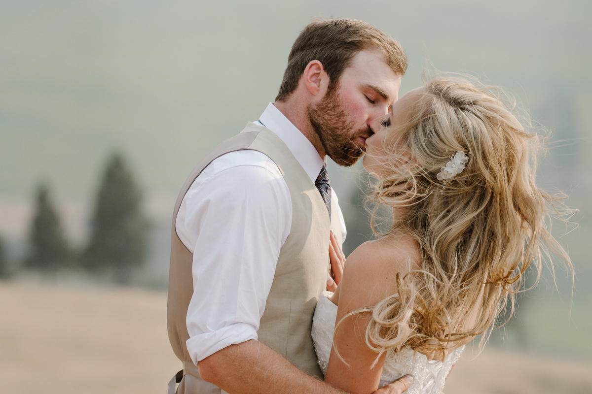 Kamloops best creative wedding photographer